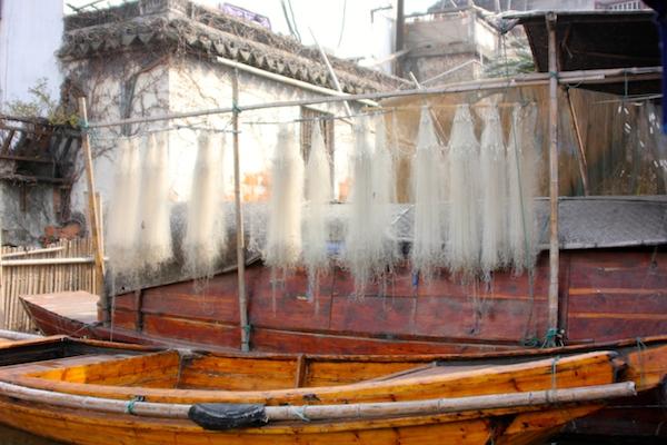 Zhouzhuang fishing boat, ancient Chinese fishing village