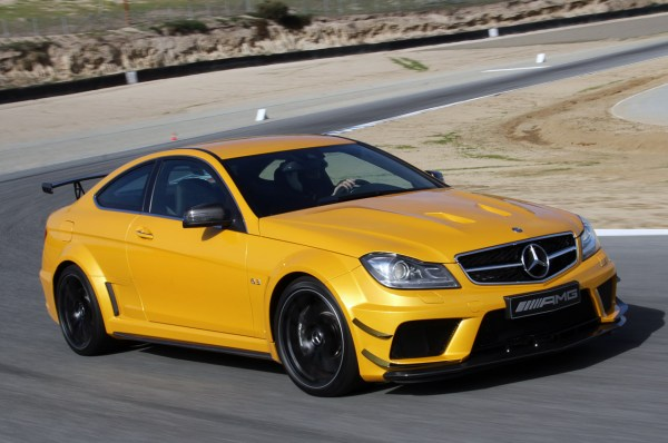 16-mercedes-c63-amg-black-series