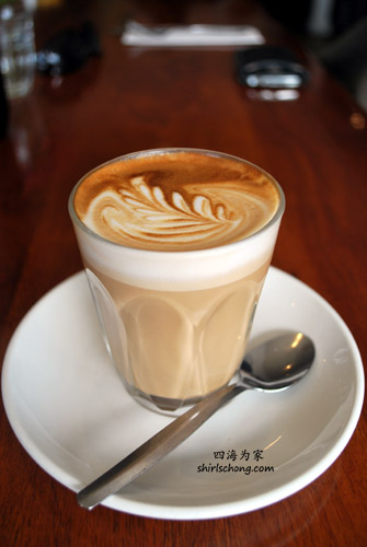 Coffee at Apte Cafe, Melbourne, Australia