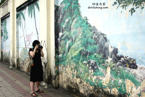 Taking photos of Pudu Jail before it was to be demolished