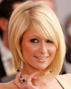 Short Hairstyles for Oval Faces with Bangs