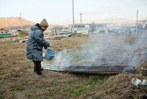 fujimori-terunobu-charred-cedar-water-portrait