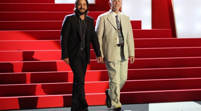 John Malkovich and Diego Luna to hit Mexico's Broadway