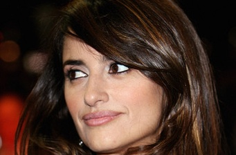 Penélope Cruz begins 'Venuto al mondo' shoot