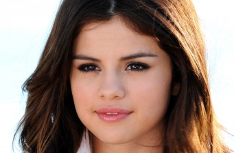 "Selena Gomez casted in music film ""Rudderless"""