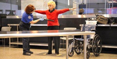 TSA-Screens-Grannie