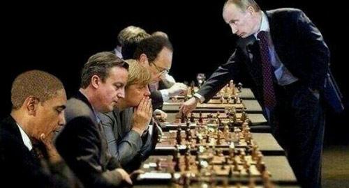 putin-plays-chess