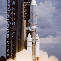 [:en]Voyager spacecraft[:ua]Космічний зонд Voyager[:ru]Космический зонд Voyager[:]