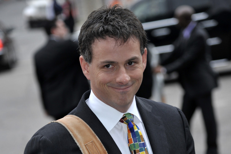 A Mighty Wind  Sizing Up Fund Manager s Sway   WSJ David Einhorn in May