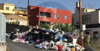 Via_Puntale_Arena-rifiuti