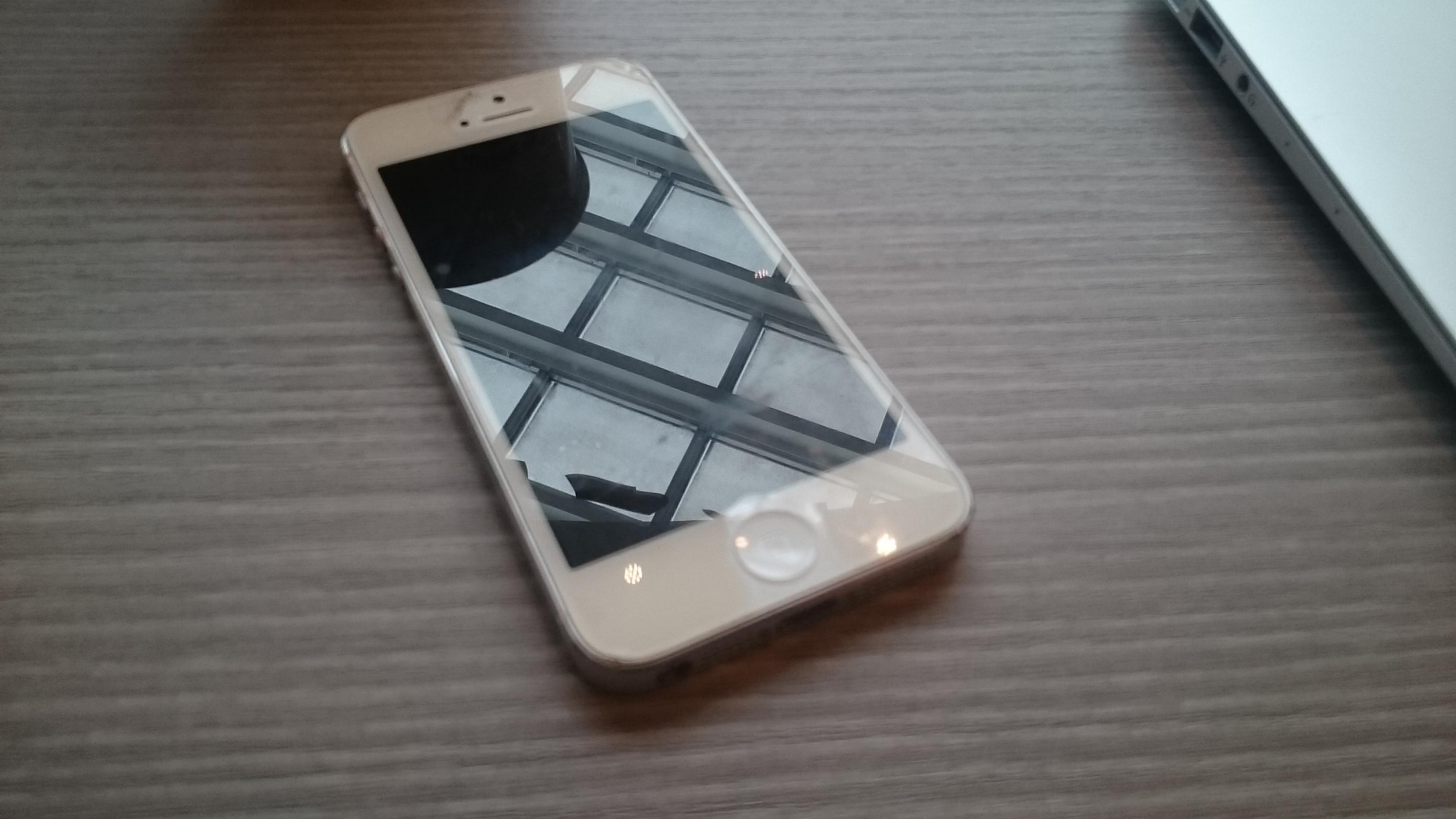 安いスマホでいいけどできればiPhoneがいい!それならワイモバイル