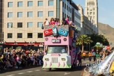 Карнавал на Тенерифе — розовая машина музыкальных ансамблей