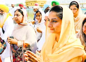 Union Minister Harsimrat Kaur Badal pays obeisance at the Golden Temple in Amritsar