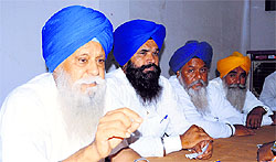 Jaswant Singh Mann, secretary general, Shiromani Akali Dal (Amritsar), addresses a gathering in Ludhiana
