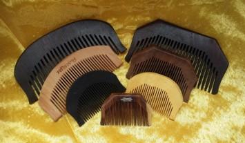 wooden-comb