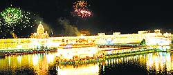Firecracker show at the Golden Temple in Amritsar on Diwali.
