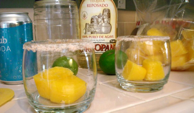 mango ice margaritas