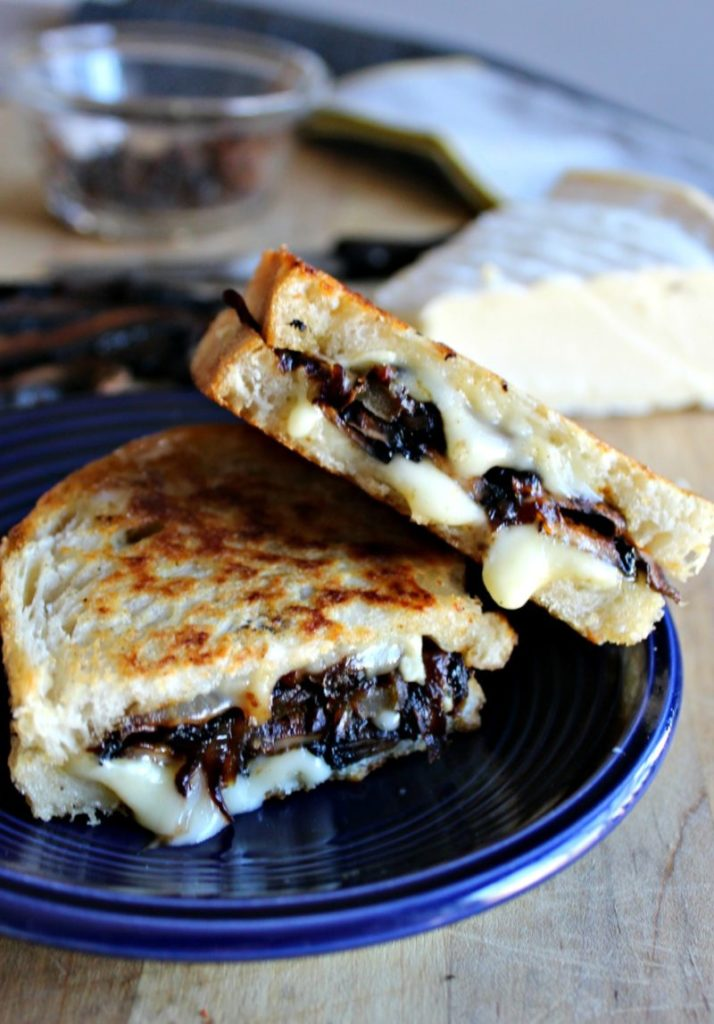 This Gourmet Grilled Cheese Recipe Is Packed With Veggies