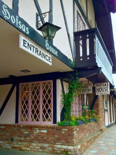 Hofsas House Entrance - Simple Sojourns