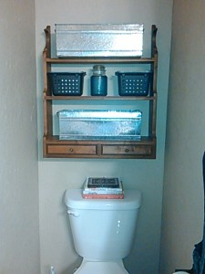 bath shelf quick makeover (1)