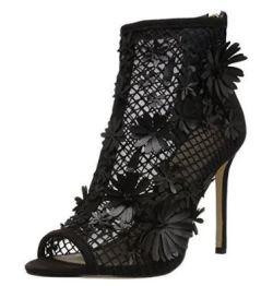 Adorable Jessica Simpson black flower heels
