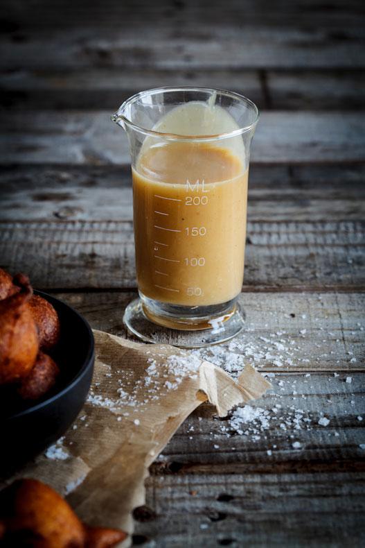 Caramel sauce for pumpkin fritters