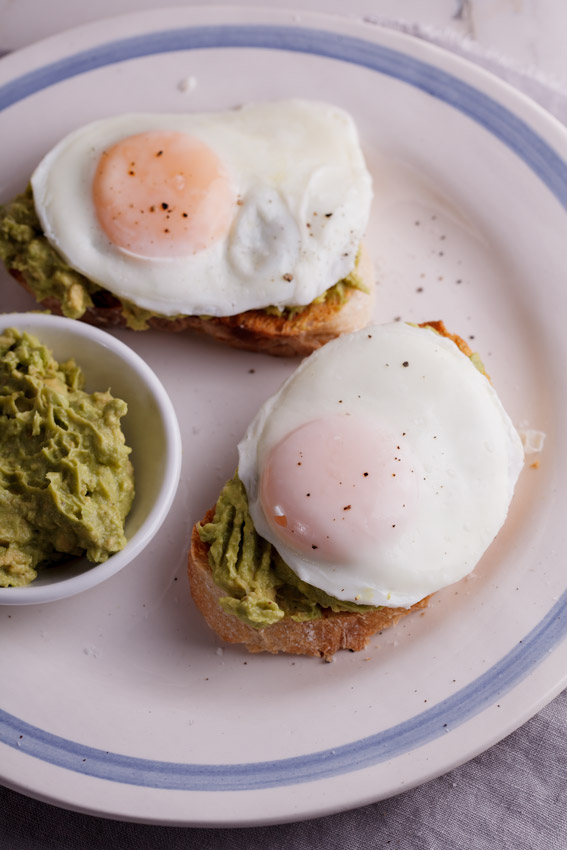 Easy poached egg and avo toast
