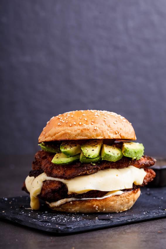 Crispy chicken burgers with lemon mayo