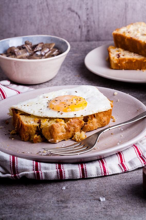 Bacon corn bread breakfast