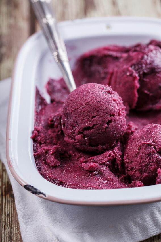 No-churn vegan berry smoothie ice cream