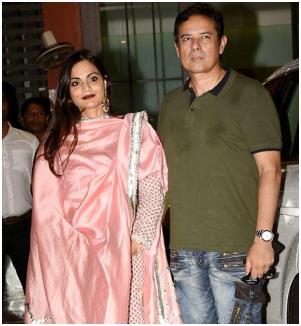 LIVE UPDATES: Salman Khan Arrives At Arpita Khan's Lavish Eid Party! – SimplyAmina