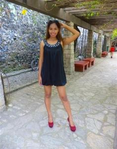 Filipino Girl - Luna (Small)