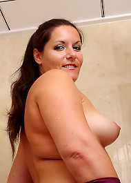 naked jewish women pussy