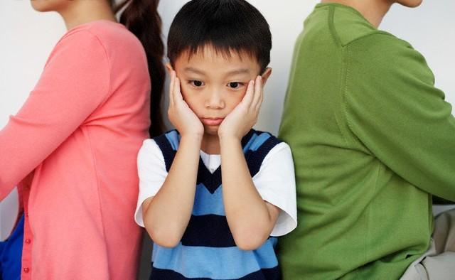 Chuẩn bị tâm lý cho con trước khi ly hôn
