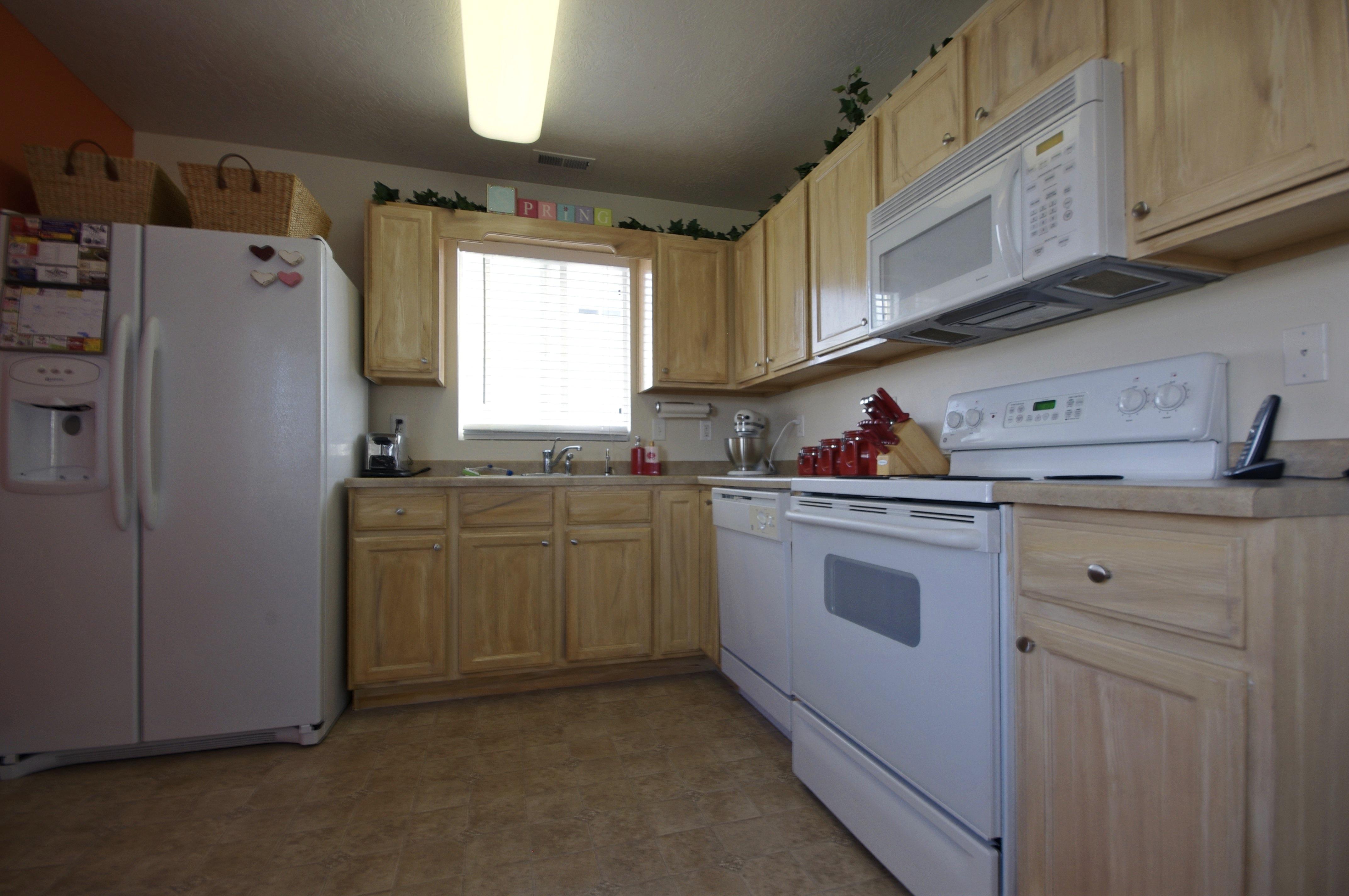 oak kitchen cabinets oak kitchen cabinets White wood kitchen cabinets wood grained to match white oak