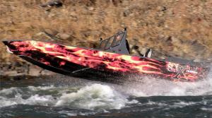customized-fire-painted-sjx-boat-compeaus