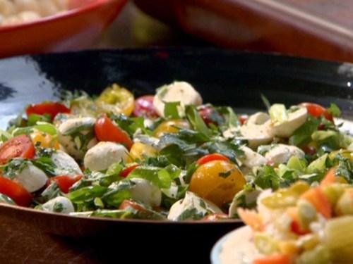 TM1905_Mozzarella-Salad_lg-1