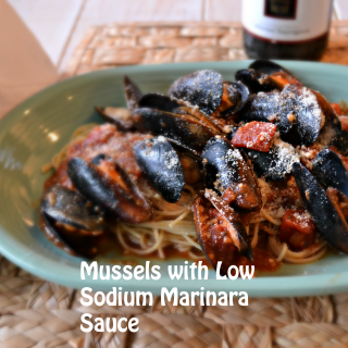 Low Sodium Marinara Sauce paired with Mussels and Pasta