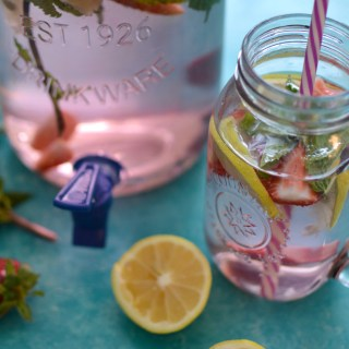 Skinny Strawberry Mint Detox Water