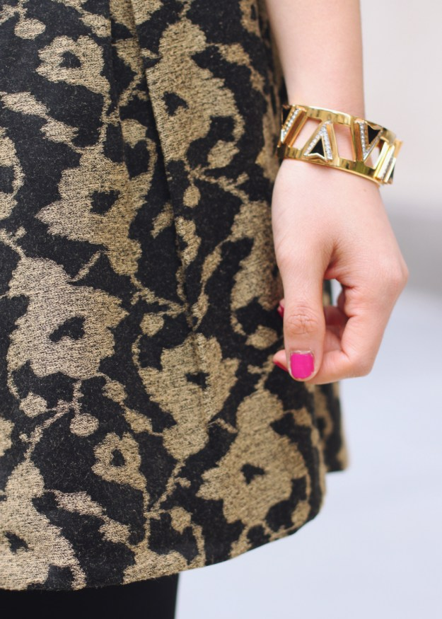 Black & Gold Outfit