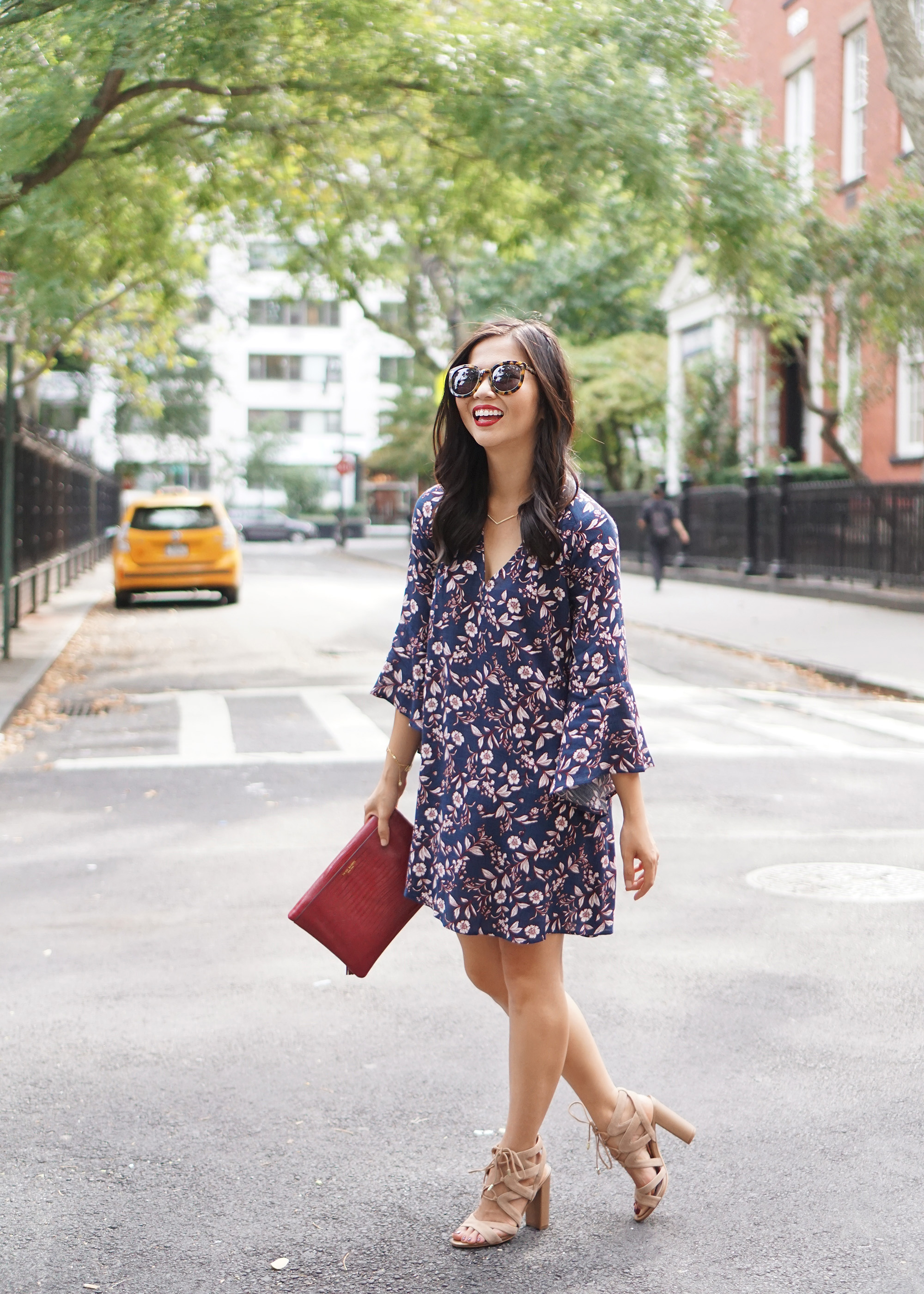 Skirt The Rules / Fall Floral Print Bell Sleeve Dress