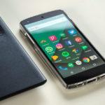 스마트폰 앱의 선탑재에 대한 문제와 대응