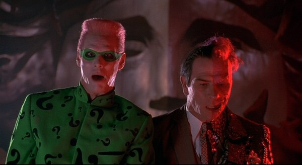 The Riddler et Harvey Two-Faces, méchants du film.
