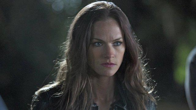 Kelly-Overton-Cast-In-Van-Helsing1