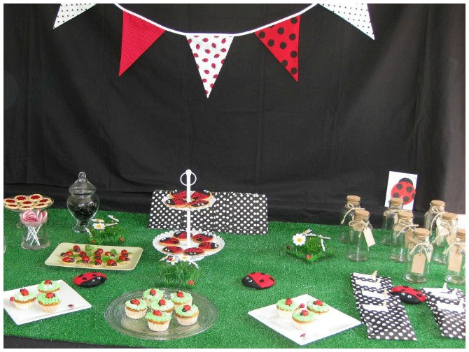 Ladybug Party Sweets Table