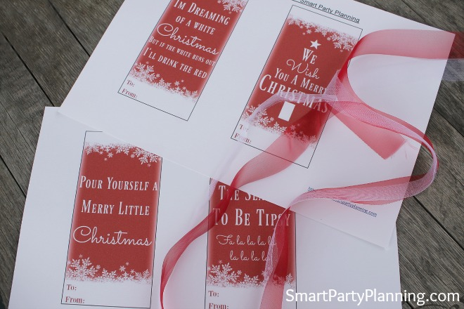 DIY Christmas wine bottle tags