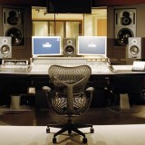 Should You Use A Home Studio Or Pay For Studio Time? The Truth About Both.