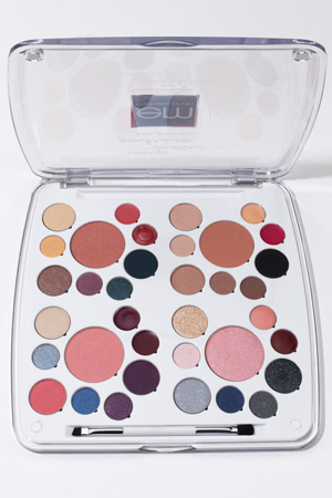 Michelle-phan-EM-Life-Palette-Review-Swatches