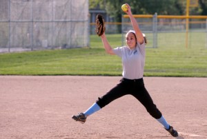 Lancer Softball Makes History, Advances to State