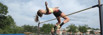 Senior Grace Pickell Continues High Jump Career